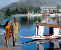 Memorable Honeymoon trip of Kashmir