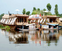 Holiday tours to Kashmir
